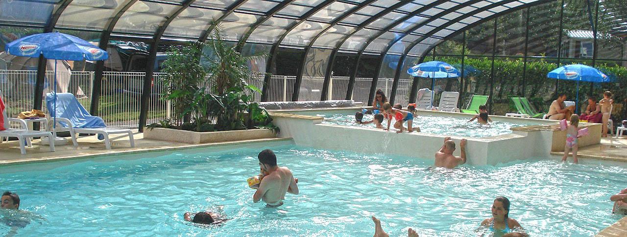 Camping la vall e verte saint nectaire 63 puy de - Camping penestin piscine couverte ...