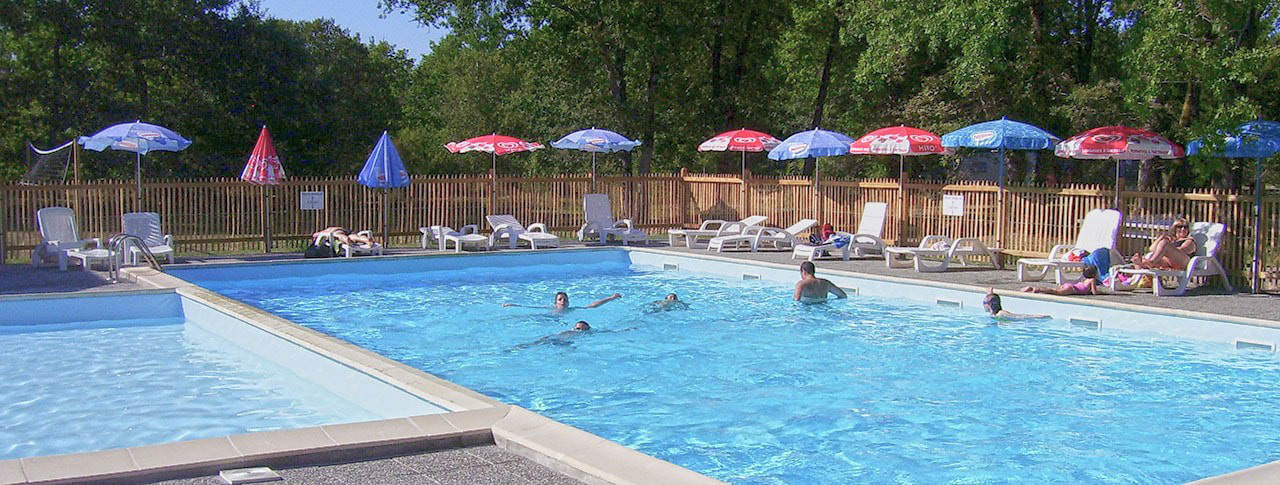 Camping le tastesoule vensac 33 gironde aquitaine for Piscine gironde