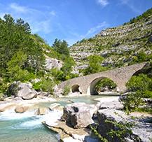 camping provence rivière