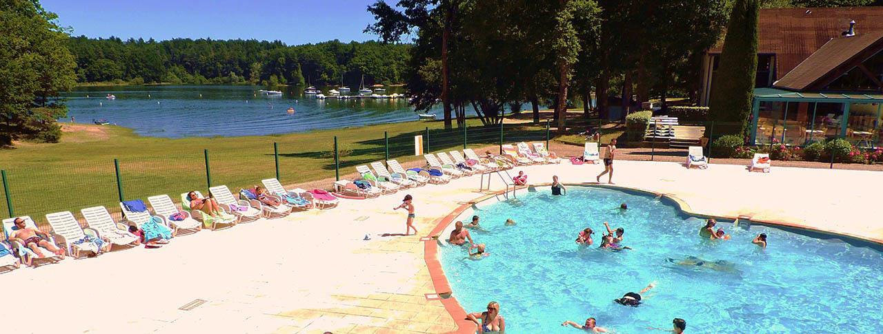Domaine la plage du garoustel saint g rons 15 cantal - Camping auvergne piscine ...