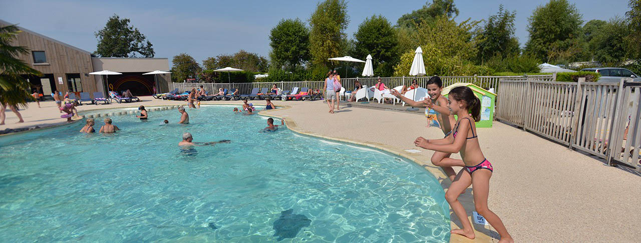 Camping les aub pines le crotoy 80 somme picardie for Camping picardie piscine
