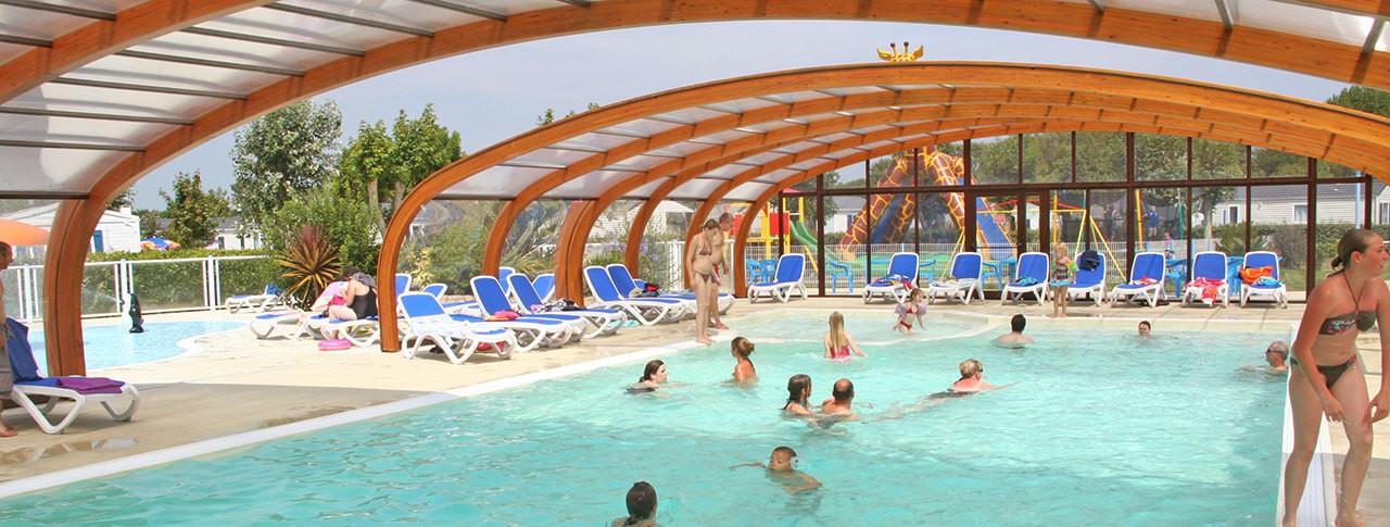 camping Les Genêts piscine couverte chauffée