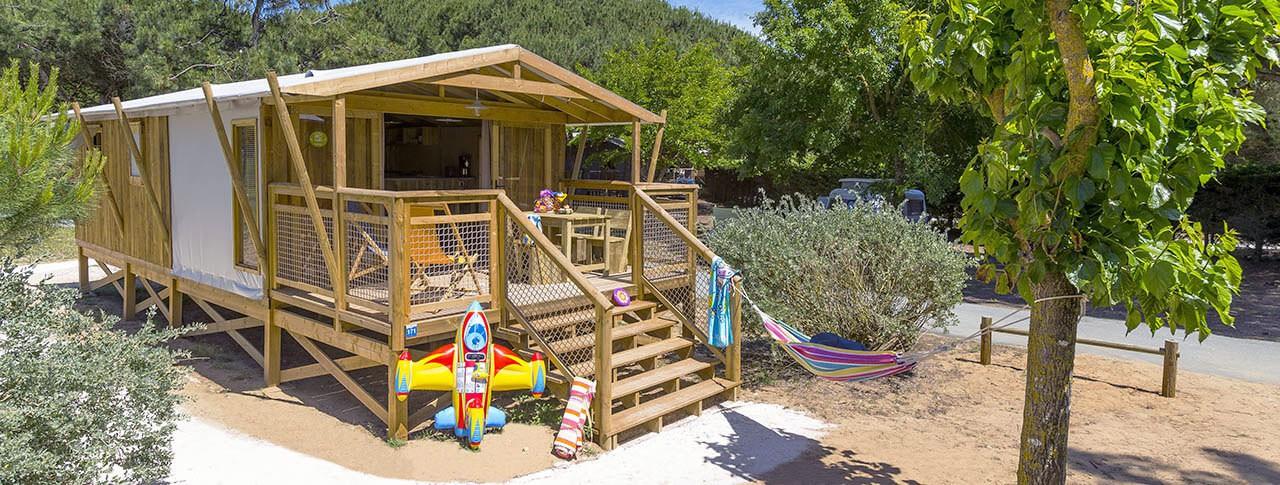 Camping Le Bel Air Cabane sur pilotis SweetFlower