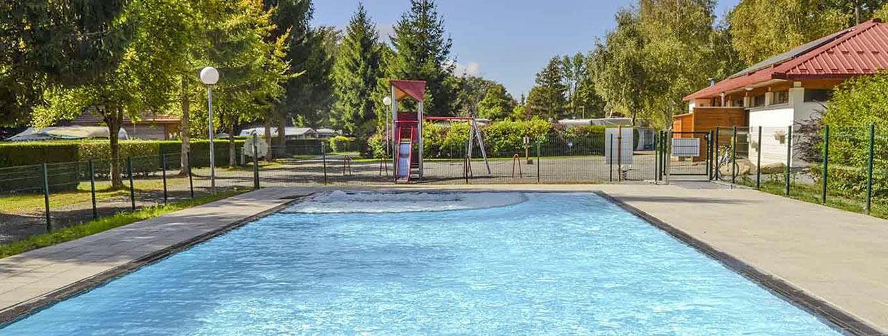 camping du Lac de la Seigneurie piscine extérieure chauffée