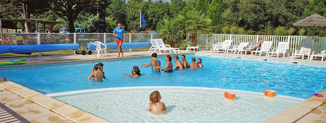 Camping Le Médoc Bleu piscine