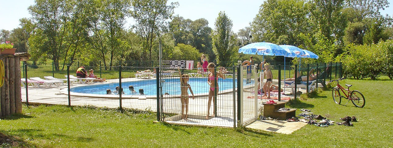 amping Les 3 Ours piscine