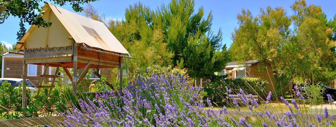 Camping La Palme location de mobil-homes et cabanes