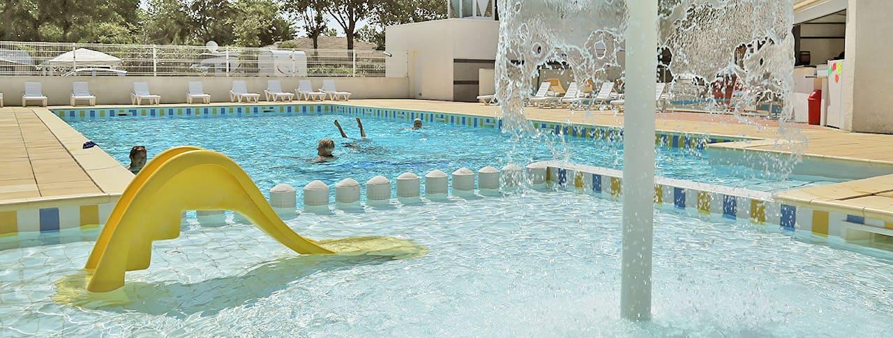 Camping Le Rochelongue piscine Cap d'Agde