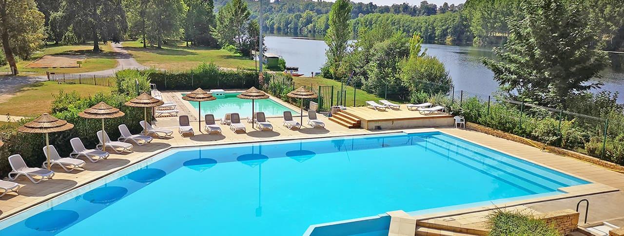 Camping Les Berges de la Dordogne piscine