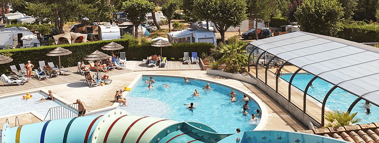 camping Le Nauzan Plage piscine couverte