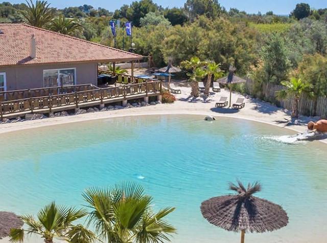 Camping Soleil d'Oc Narbonne-Plage avec lagon artificiel de baignade-3