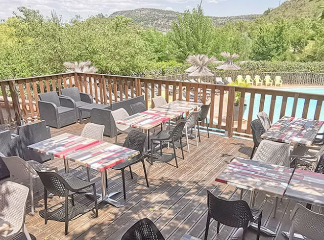 Camping Saint Amand restaurant Ardèche-2