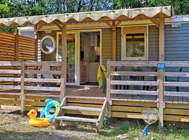 camping-chataigneraie-mobilhome-pano.jpg-2