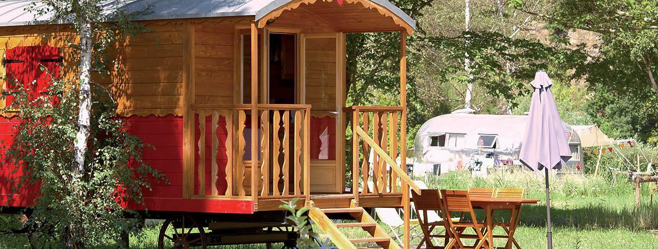 camping-en-roulotte-pano.jpg