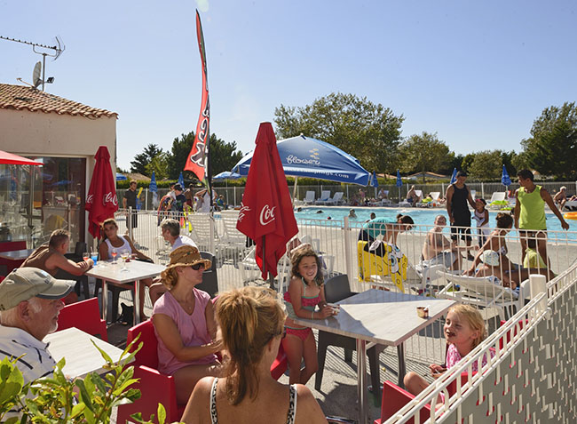 camping Les Ilates terrasse-5