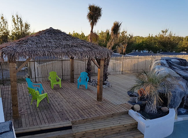 Camping robinson marseillan plage 34 h rault for Camping a marseillan plage avec piscine