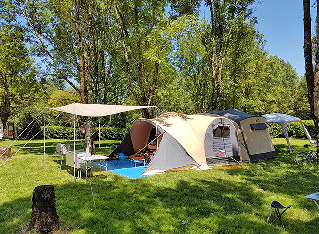 camping Les 3 Ours emplacement-3