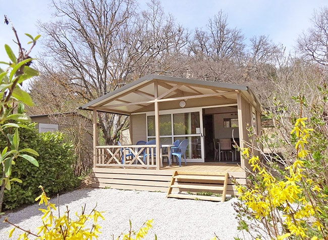 camping-la-beaume-chalet-min.jpg-5