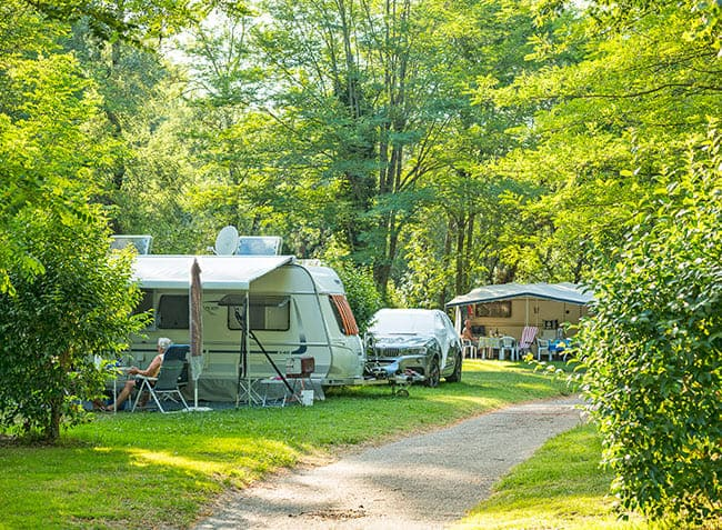 camping-saint-michelet-emplacement.jpg-13
